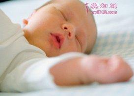 新生儿睡觉呼吸急促是什么原因