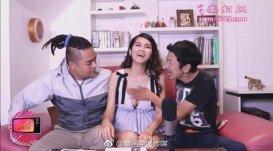泰国艳星上节目让主持人摸胸 被网友大骂后道歉